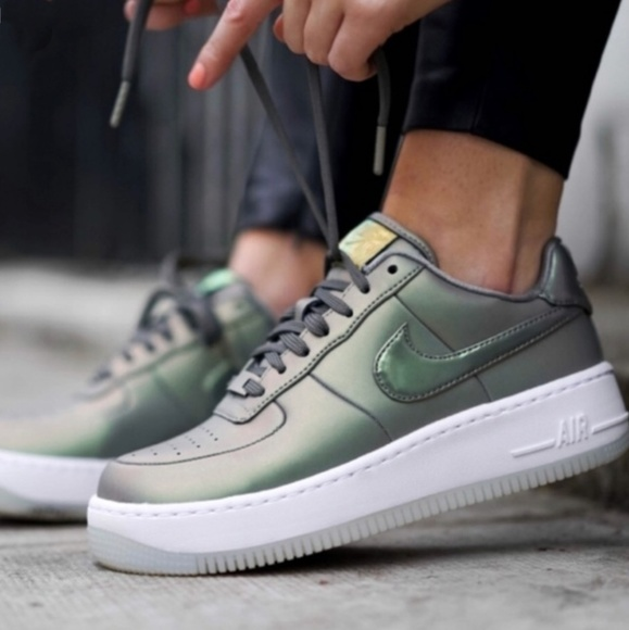 NIKE AIR FORCE 1 UPSTEP PRM LX STUCCO GREEN NWT
